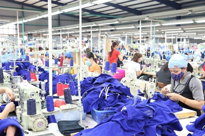 Chương trình Lợi ích cho Doanh nghiệp may mặc và người lao động